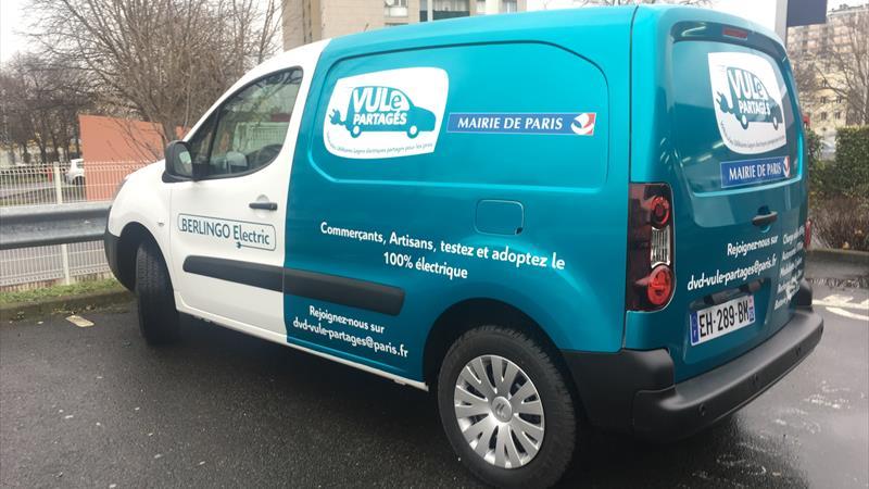 """Paris fährt elektrisch mit dem Carsharing-Service """"VULe Partagés"""""""