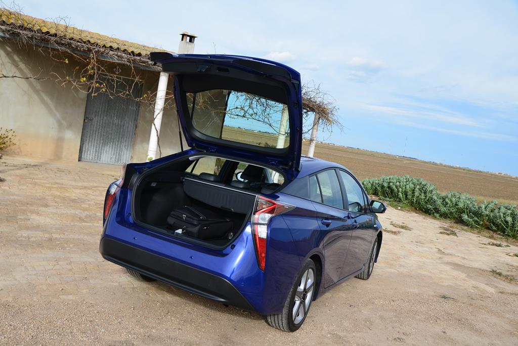 Toyota Prius blau Kofferraum