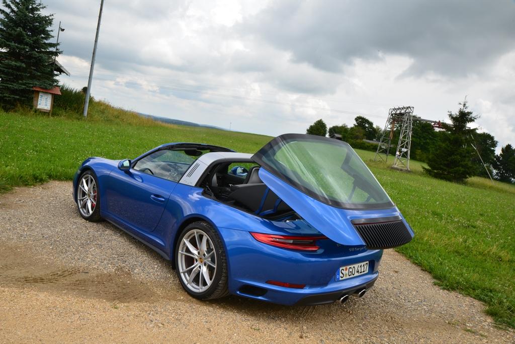 Porsche 911 Targa 4S saphirblaumetallic