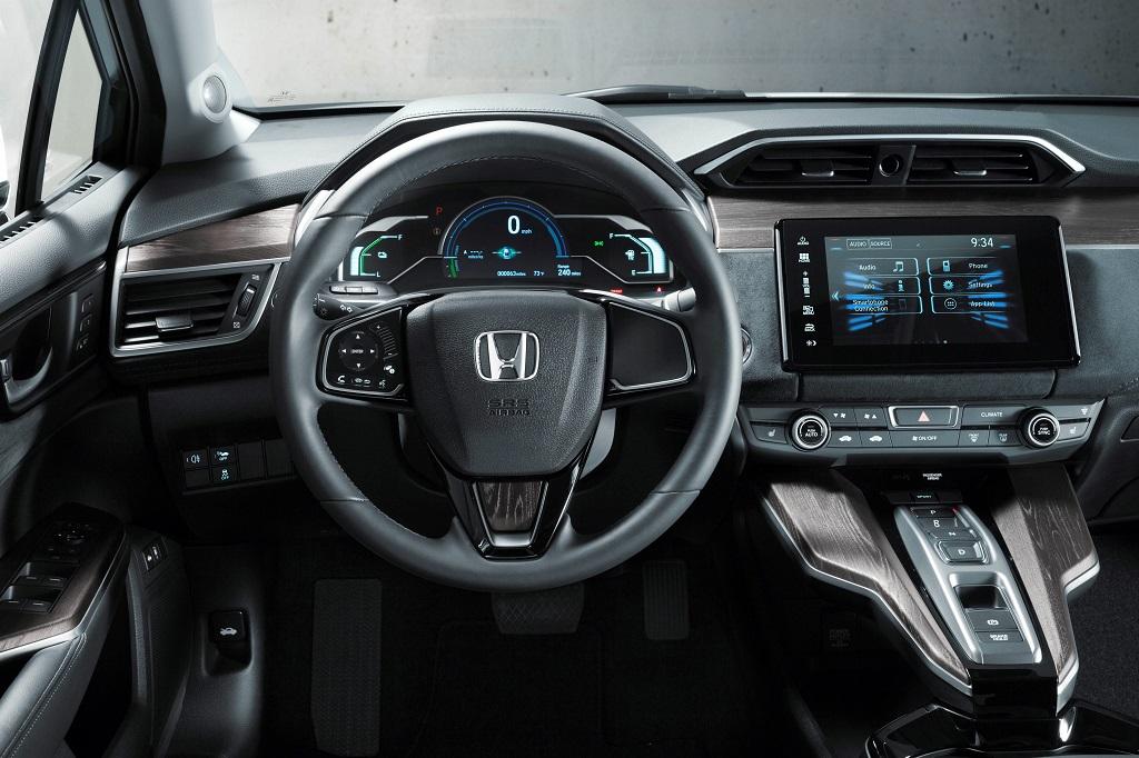 Honda Clarity Fuel Cell innen