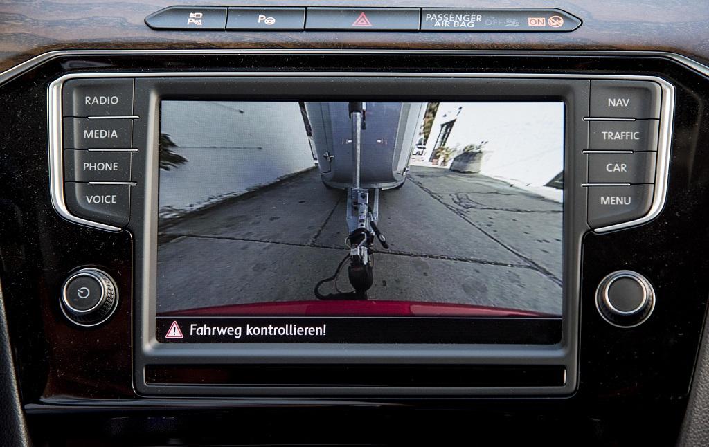 Volkswagen Passat Trailer Assist Bildschirmanzeige