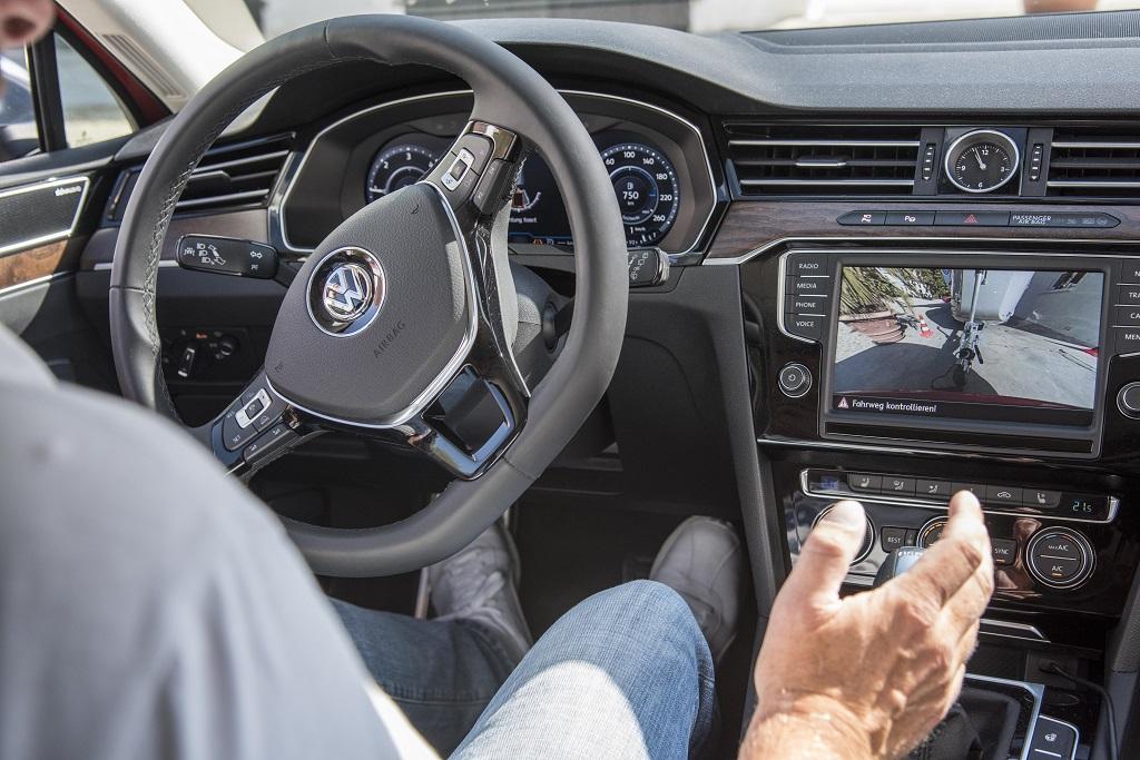 Volkswagen Passat Trailer Assist Innenraum