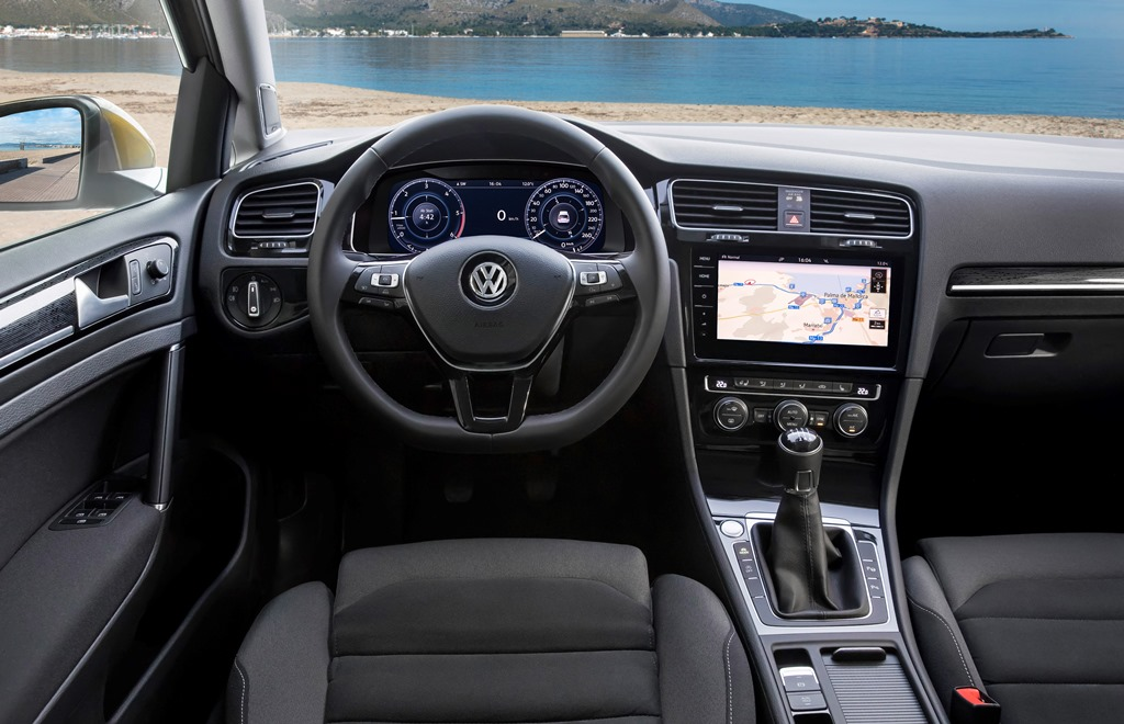 Volkswagen Golf Cockpit