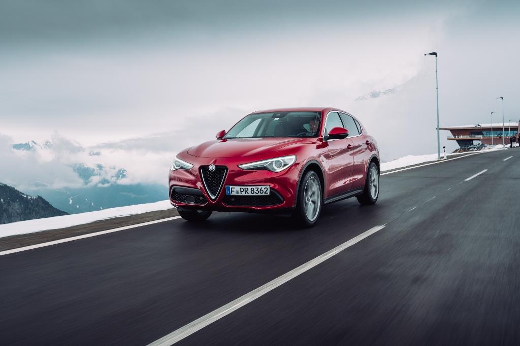 Alfa Romeo Stelvio Rosso Competizione