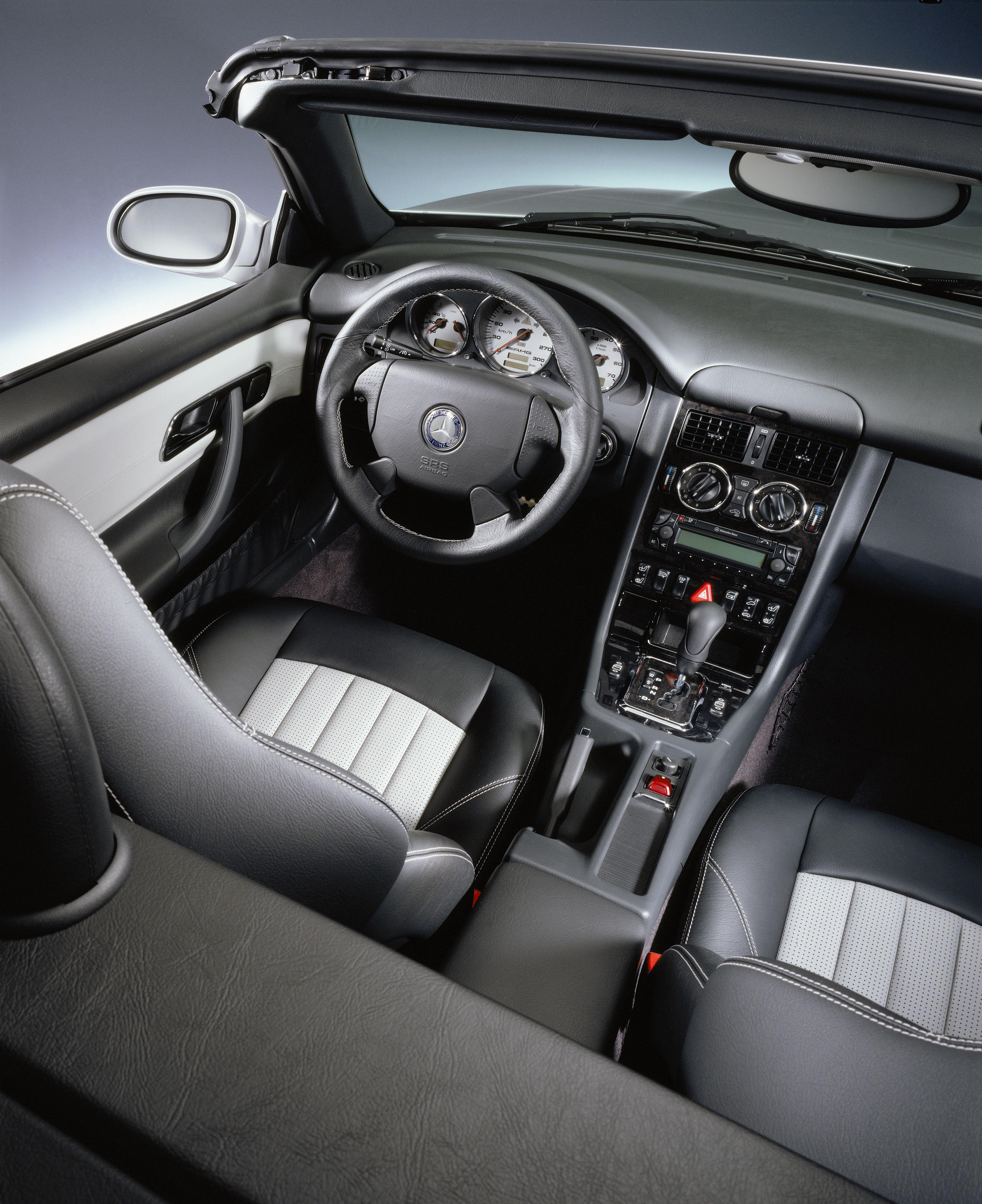 Cabrio-Innenraum: Regelmäßige Pflege wichtig