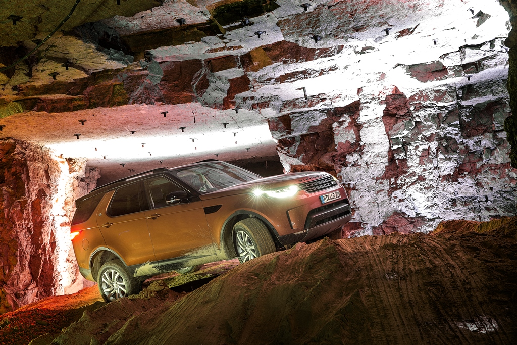 Land Rover Discovery Unter Tage