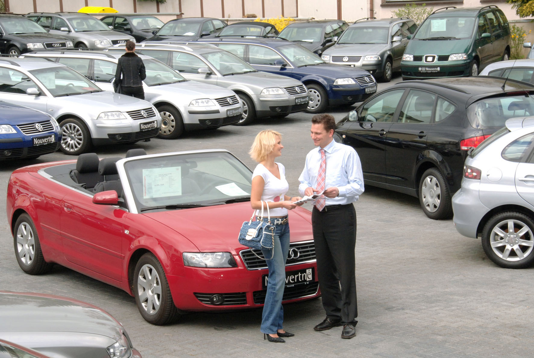 Cabrio-Kauf: Die Auswahl im Handel und bei privaten Verkäufern ist groß