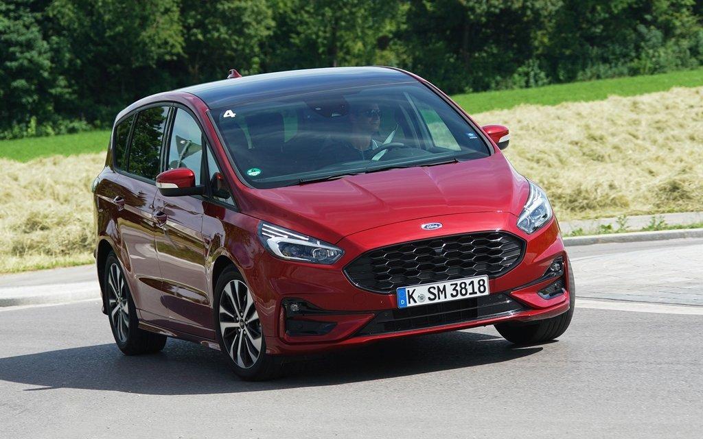 Ford S-MAX Hybrid – Aus dem Vollen schöpfen