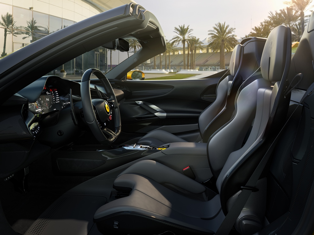 Ferrari SF90 Spider Sitze