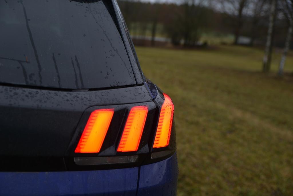 Peugeot 3008 Heck LED