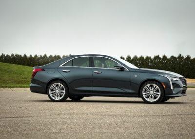2020-Cadillac-CT4-PremiumLuxury-028