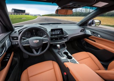 2020-Cadillac-CT4-PremiumLuxury-033