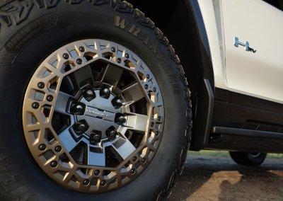 GMC Hummer EV Reifen Tire