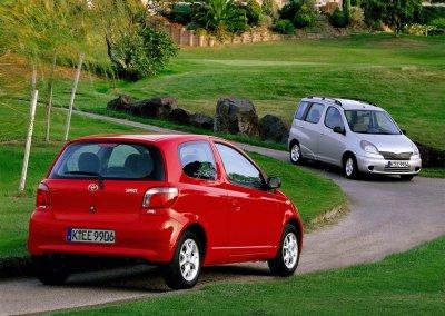 Toyota Yaris und Toyota Yaris Verso 2001