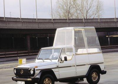 Mercedes-Benz G-Klasse Papamobil