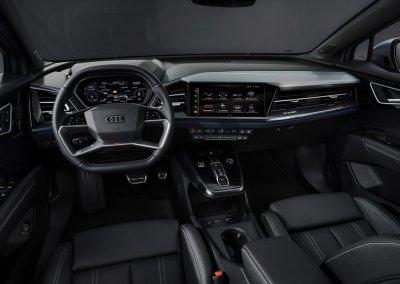 Audi Q4 Sportback 50 e-tron quattro Cockpit