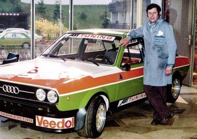 Johann Abt mit getunten Audi 80
