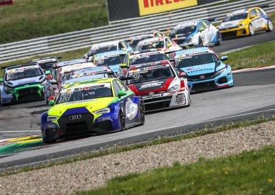 Antti Buri im Audi RS 3 LMS
