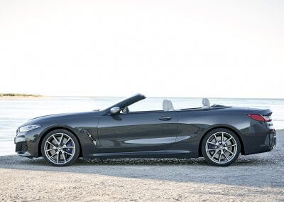 BMW M850i xDrive Convertible_08