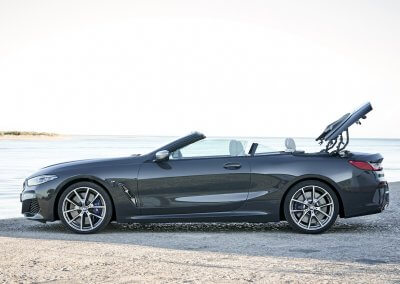 BMW M850i xDrive Convertible_10