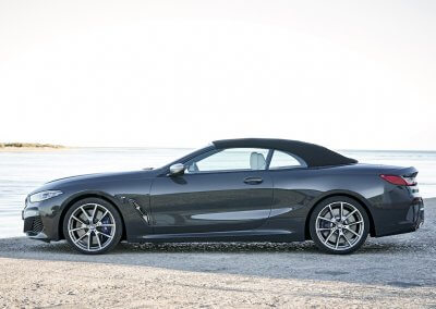 BMW M850i xDrive Convertible_13