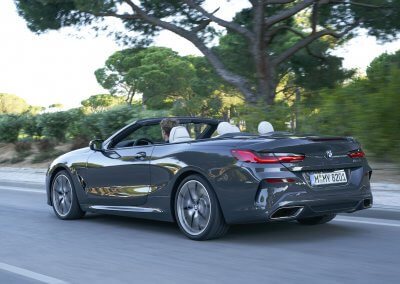 BMW M850i xDrive Convertible_33
