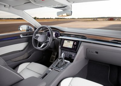 VW Arteon Innenraum Cockpit