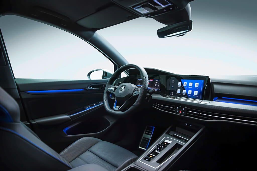 VW Golf R Cockpit