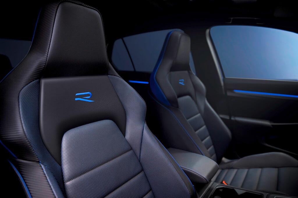 VW Golf R Sitze