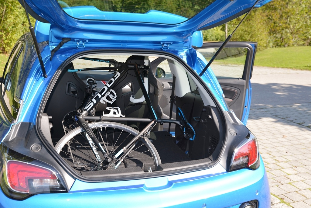 Fahrrad im Auto