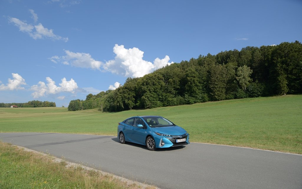 Video Toyota Prius Plug-in Hybrid Solar