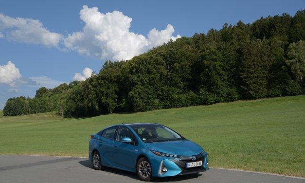 Toyota Prius Plug-in Hybrid – Mit der Kraft der Sonne