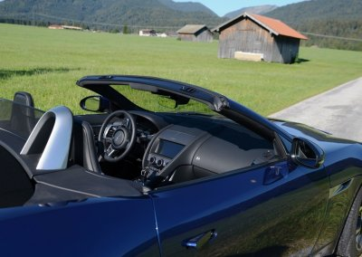Jaguar F-Type P300 Cabriolet