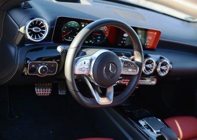 Mercedes-Benz A 250 e AMG Line