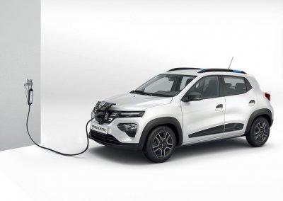 Dacia Spring Electric weiß Ladestation