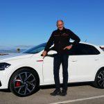 Hans-Joachim Stuck unterwegs im VW Polo GTI