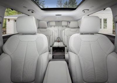 Jeep Grand Cherokee L Overland interior_4