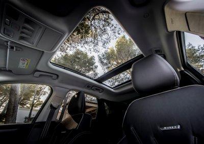 Ford Kuga Vignale 2,0 EcoBlue Hybrid Glasdach