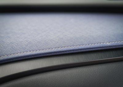 Lexus UX 250h Cobalt interior 10