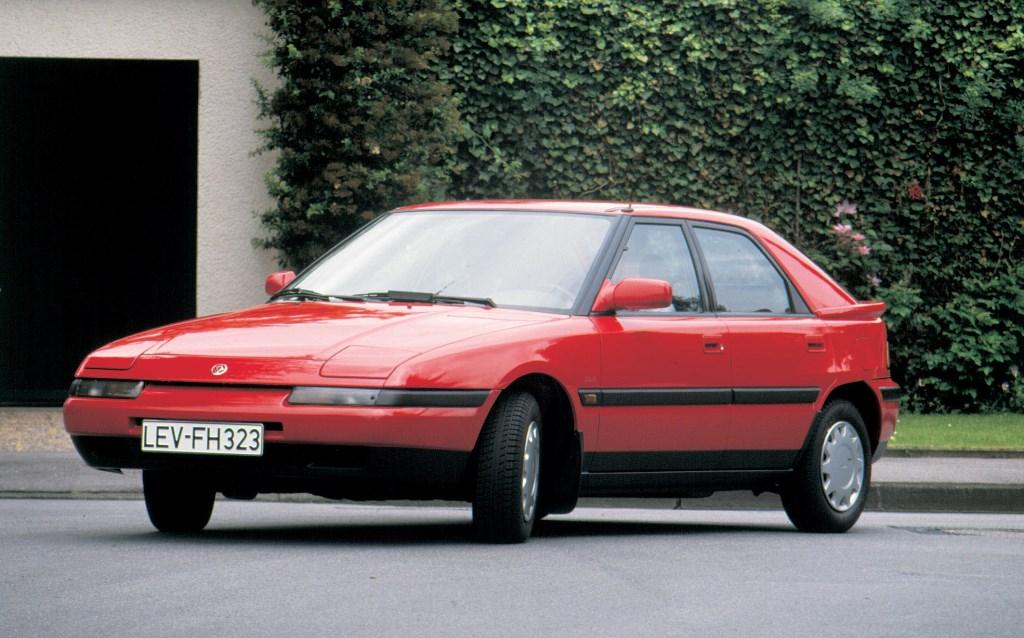 Mazda 323 F 1989