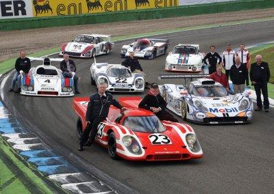 Porsche Le Mans Siegerfahrzeuge und ihre Wegbegleiter