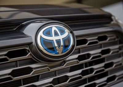 Toyota RAV4 Hybrid AWD-i
