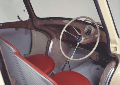 Subaru 360 Innenansicht