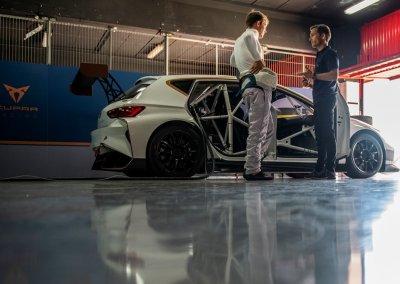 CUPRA e-Racer mit Xavier Serra und Mattias Ekstrom