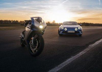 Alpine A110 und MV Agusta Superveloce Alpine