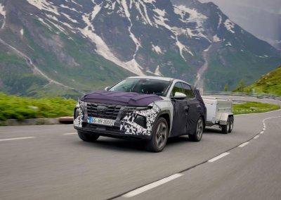 Hyundai Tucson Vierte Generation Testfahrt mit Anhänger