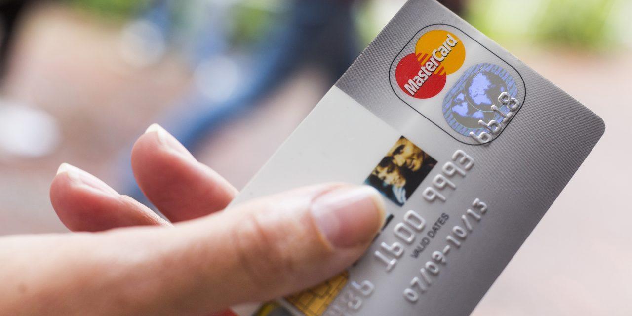 Bayerns Polizei kassiert nun auch bargeldlos