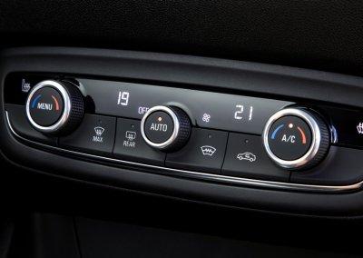 Opel Crossland GS Line Klimaautomatik