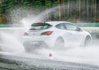 Fahrtrainings von Opel