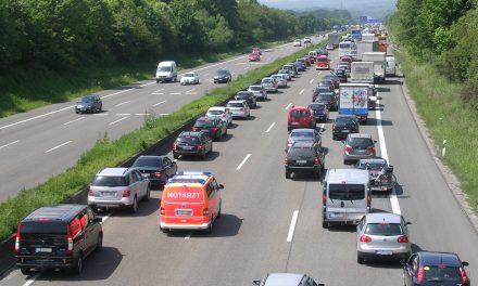 Rettungsgasse: So helfen Autofahrer den Rettern